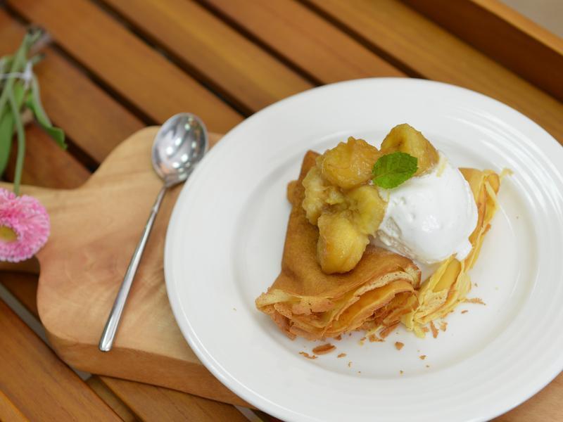 焦糖香蕉法式薄餅