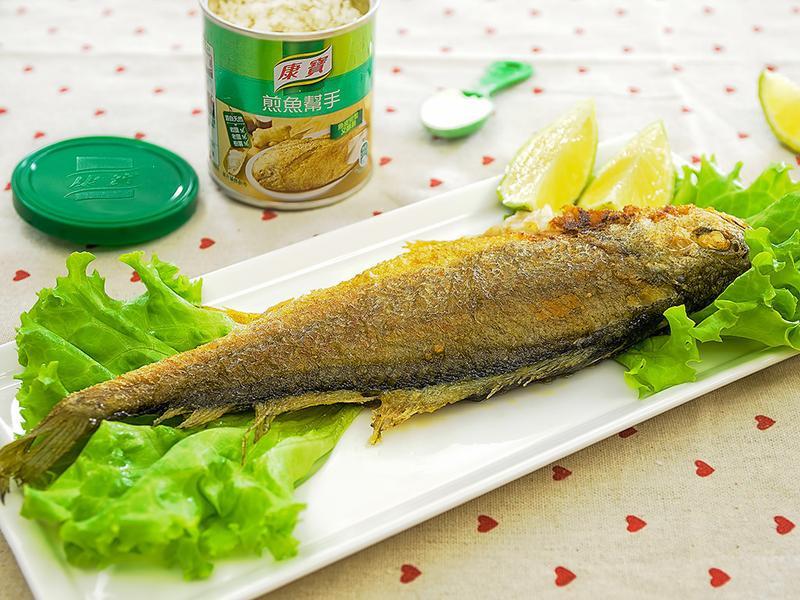 香煎黃魚佐檸檬片【天然的康寶煎魚幫手】