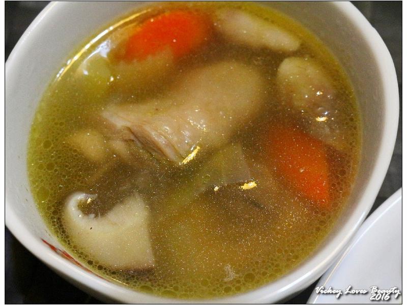鹽味雞肉鍋-【味之素】Q湯塊