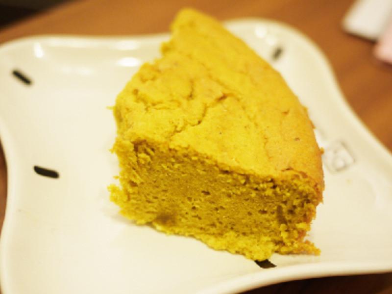 『咖哩戚風鹹蛋糕』