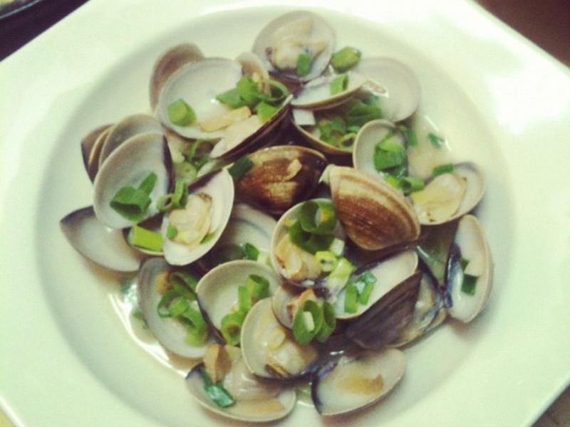 下酒菜:米酒清炒蛤蠣