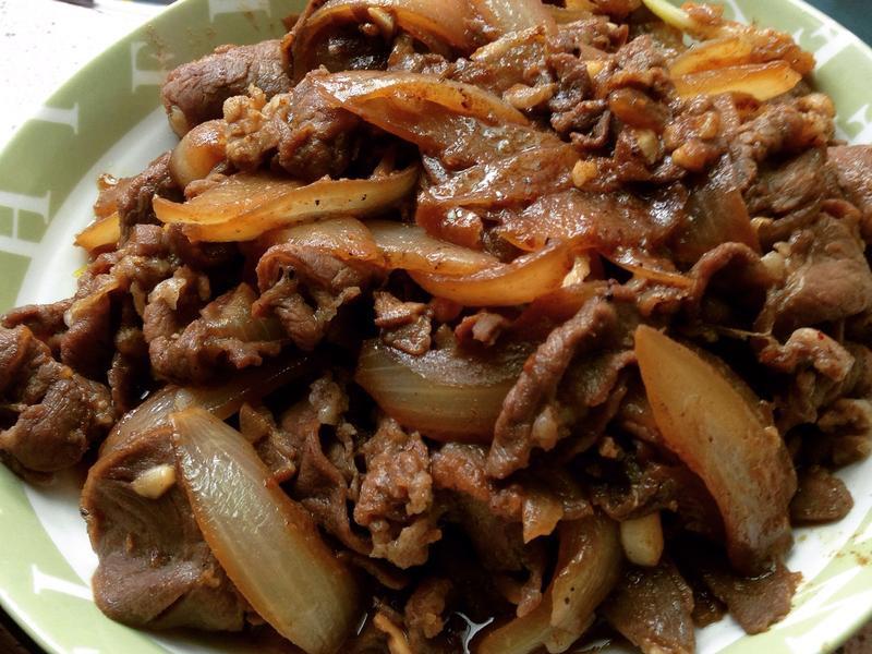 沙茶羊肉炒洋蔥