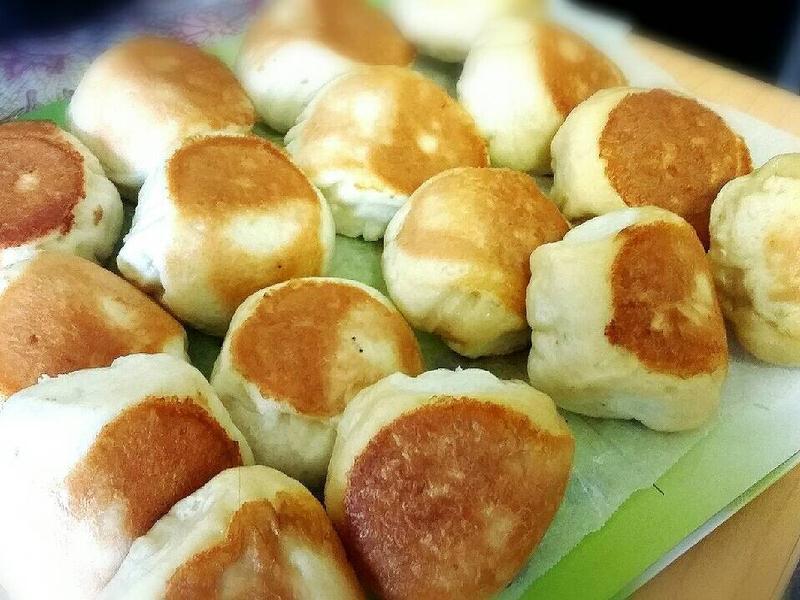 金黃酥脆的[電鍋]高麗菜水煎包