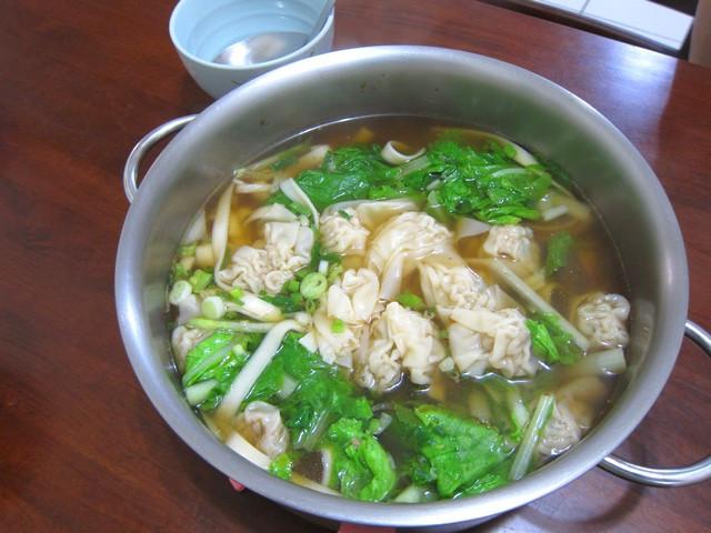 牛肉餛飩大鍋麵