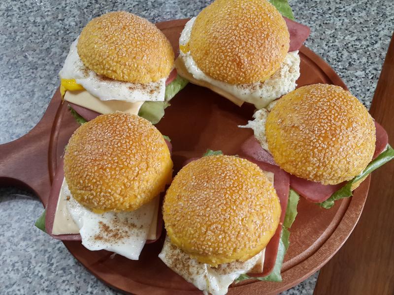 火腿起司蛋南瓜漢堡包