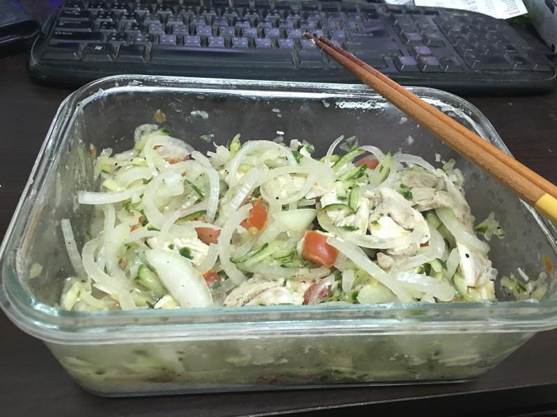 清爽雞肉蔬菜沙拉(和風醬口味)