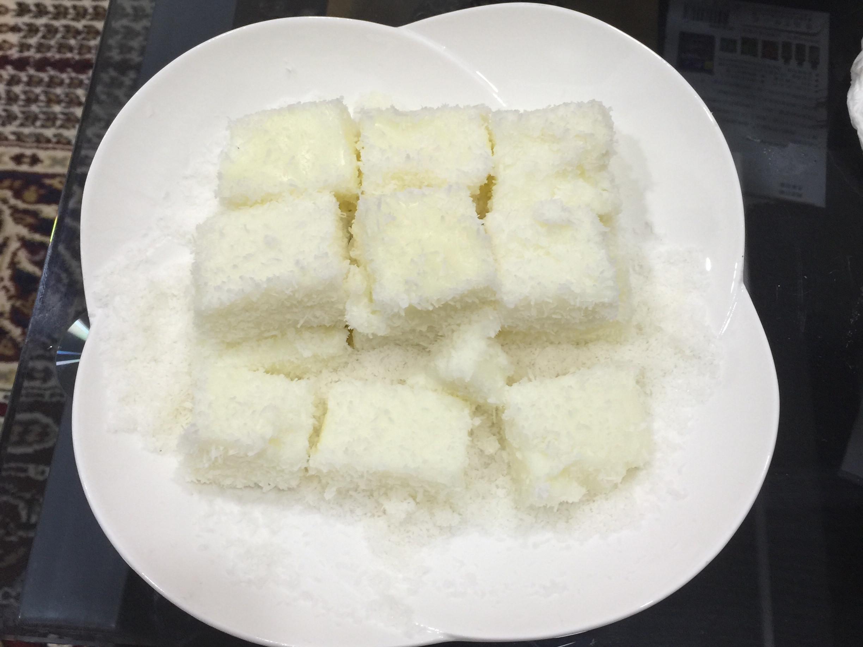 椰香雪花牛奶糕