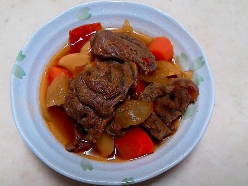 煮一鍋~蕃茄牛肉(半筋半肉)