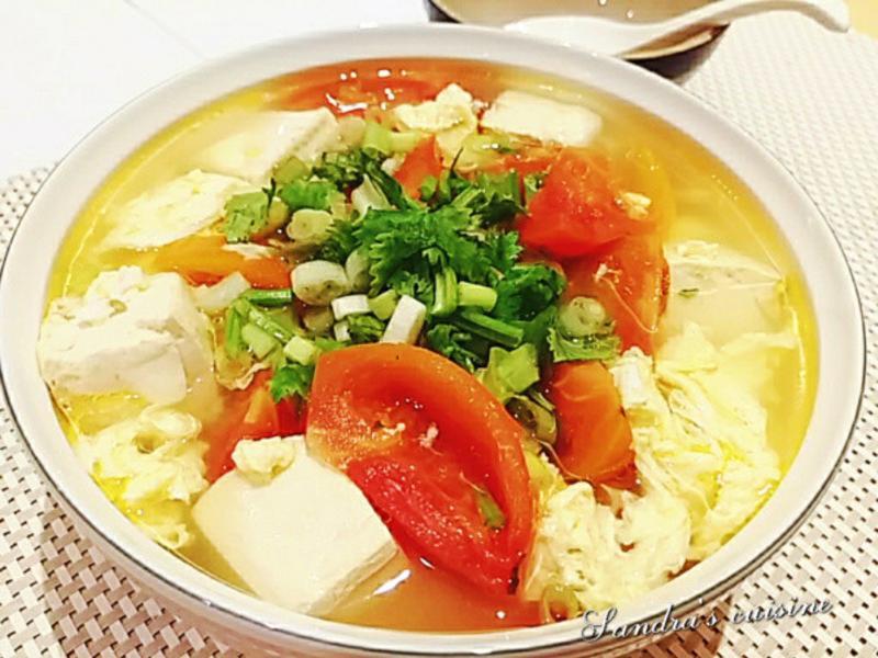 蕃茄豆腐蛋花湯