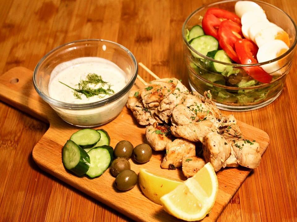 希臘蒔蘿優格醬 配 檸檬烤雞