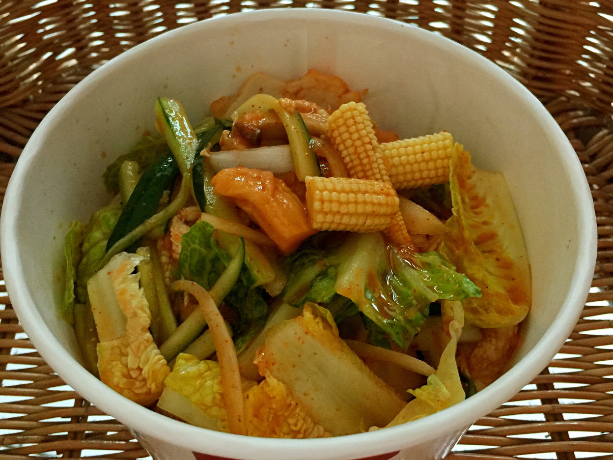 韓式什錦生拌菜佐天使麵