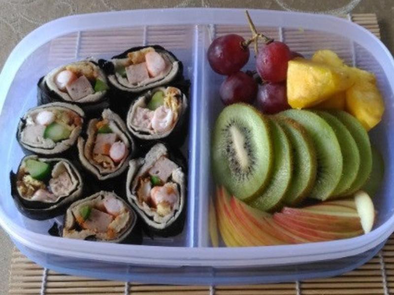 吐司壽司の水果拼盤