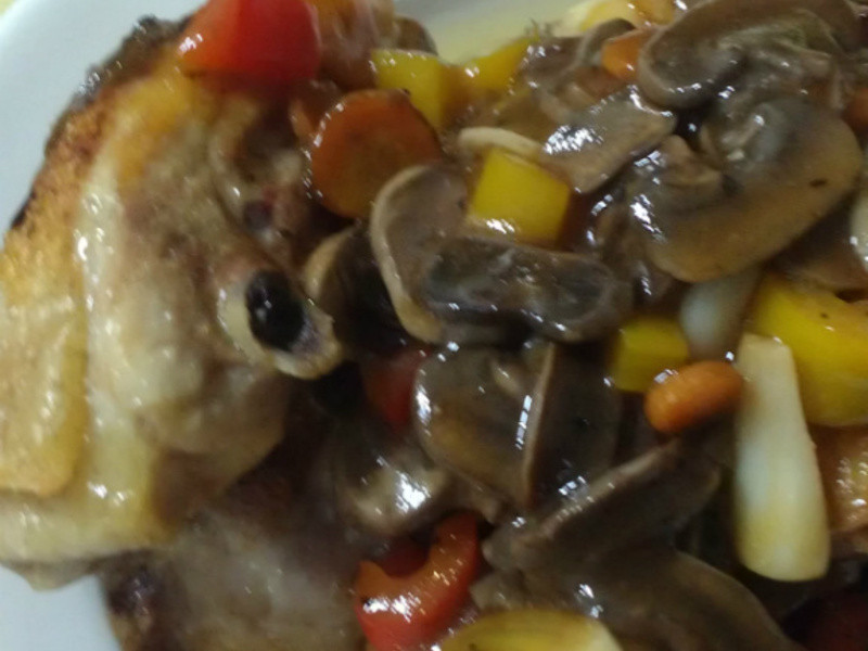 ㄚ曼達的廚房~蘑菇雞腿