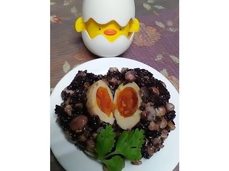 紫米黃金蛋炒飯【蛋炒飯的餐桌故事】