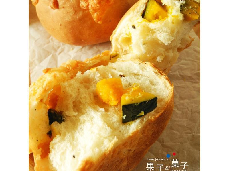 果子菓子 ♥ 健康南瓜芝麻麵包