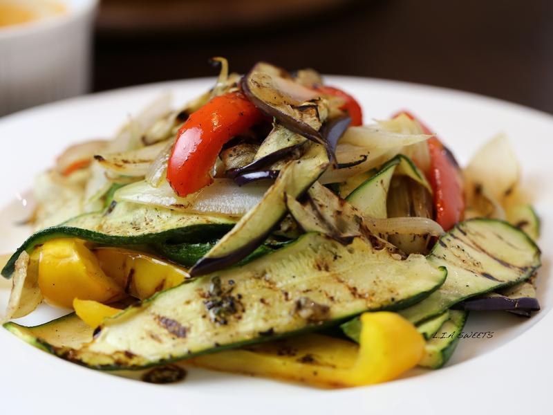 燒烤蔬菜佐巴塞米醋沙拉
