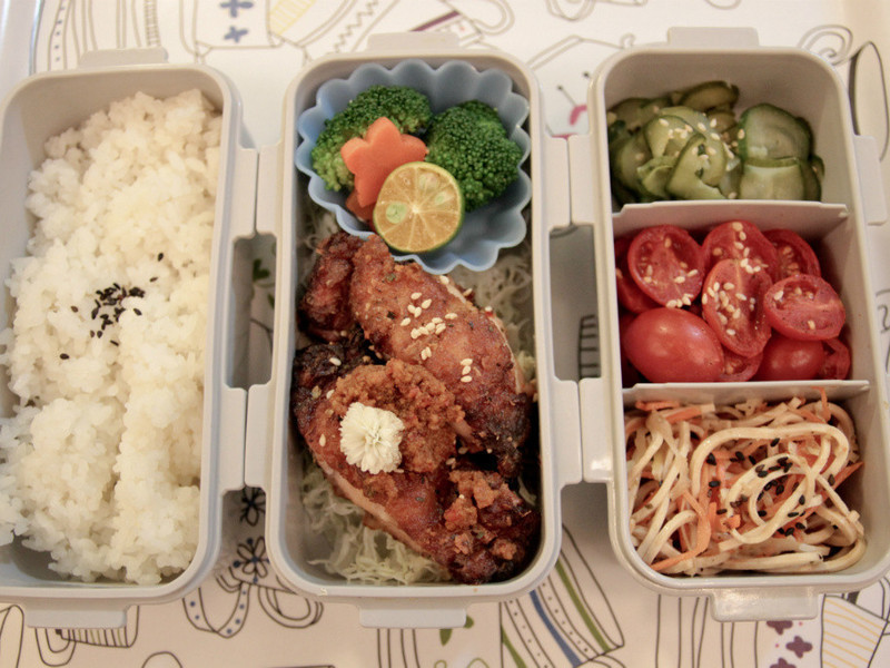 【吳双の愛妻便當】辣椒魚卵炸雞飯