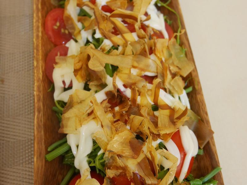 涼拌蕃茄龍鬚菜