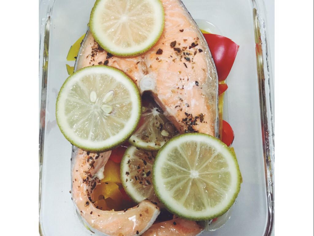 [ MIA's ] 清蒸鮭魚_無油料理