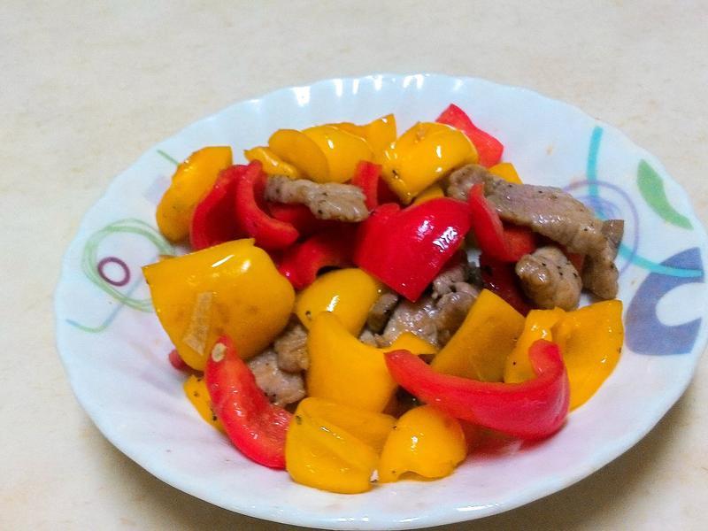 🌸彩椒炒肉片🌸