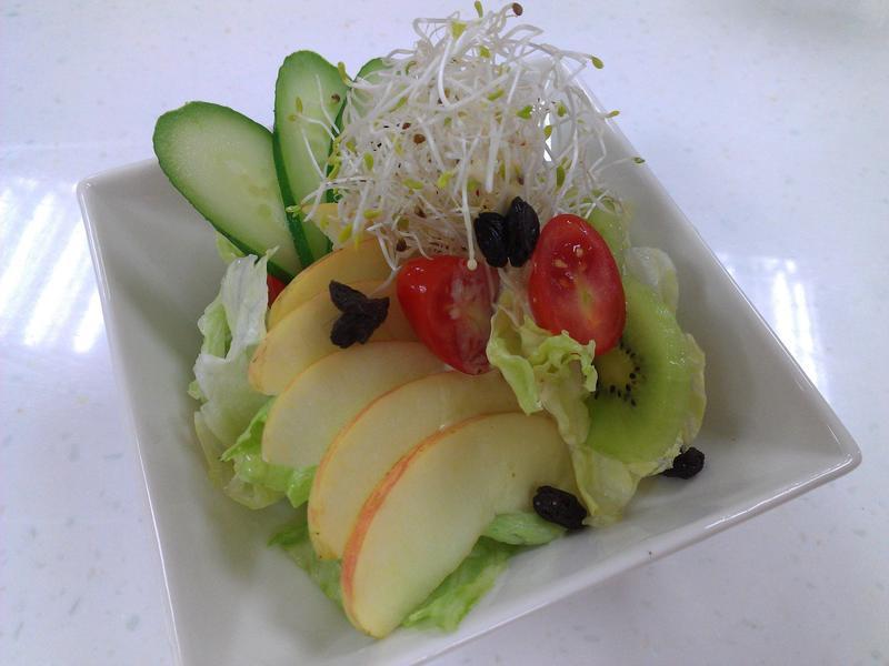 【小磨坊】優格蔬果沙拉