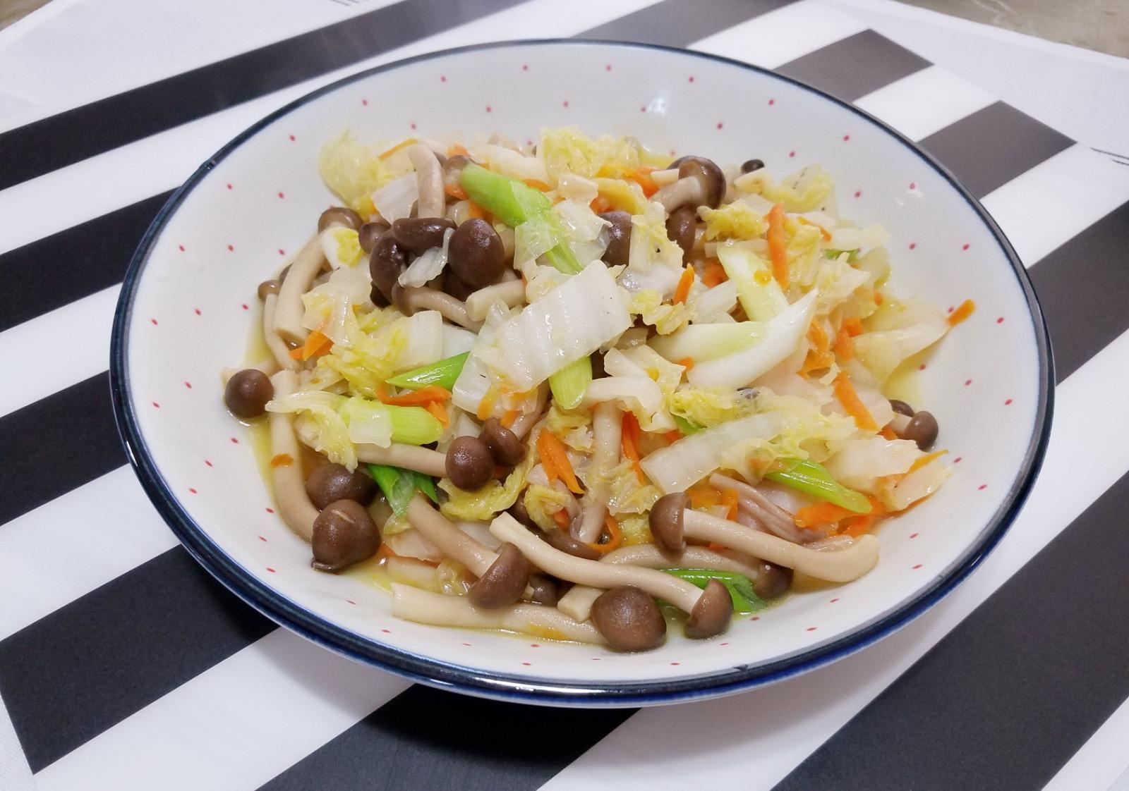 清炒大白菜鴻喜菇