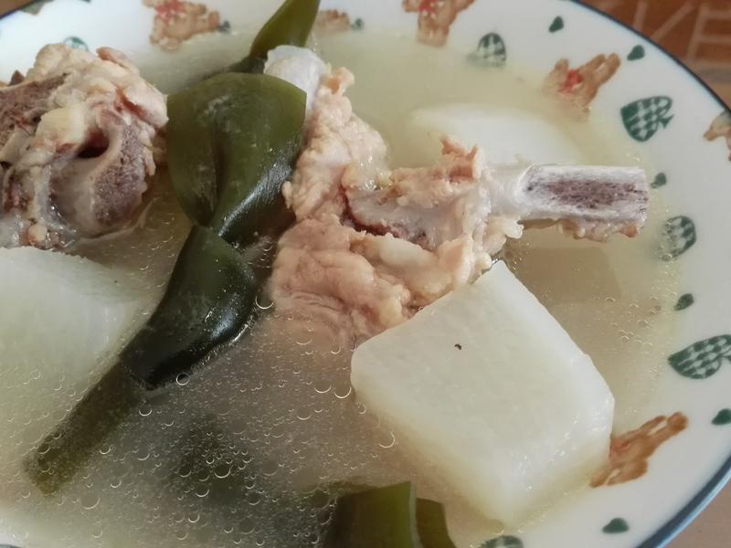 白蘿蔔海帶排骨湯