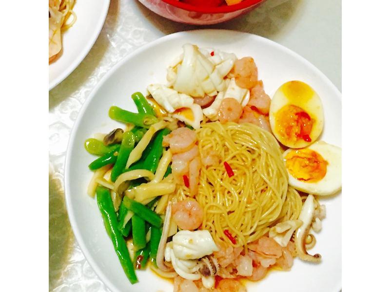 夏日清爽餐-泰式海鮮冷麵