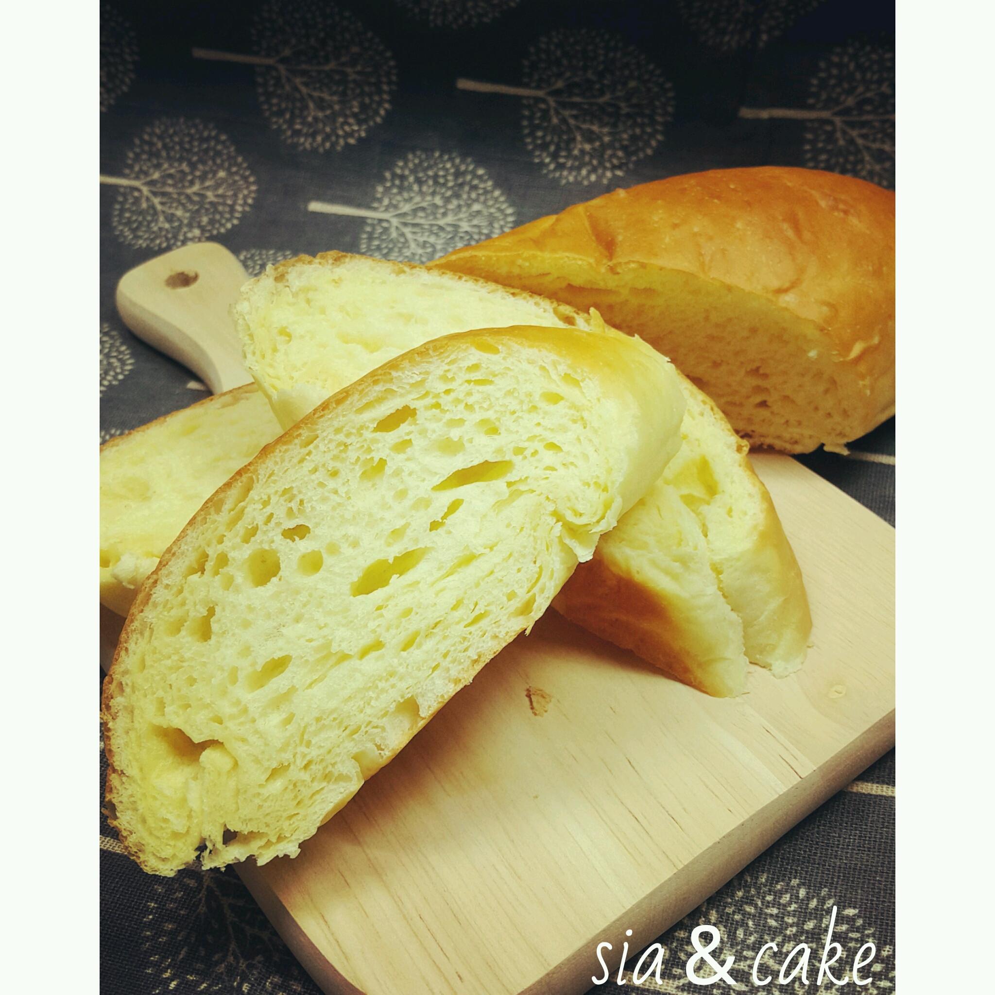 超軟蛋黃麵包