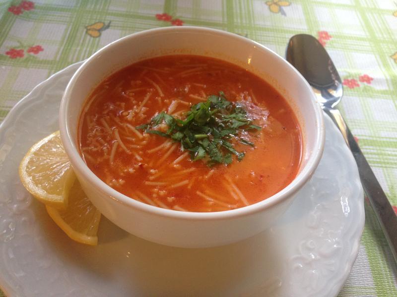土式細麵番茄湯