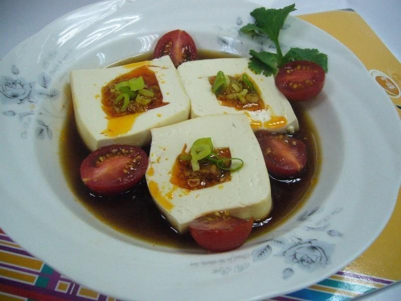魚卵辣椒鑲豆腐