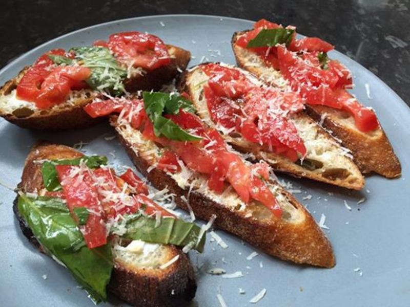 [派對小點] 義式麵包,番茄與羅勒
