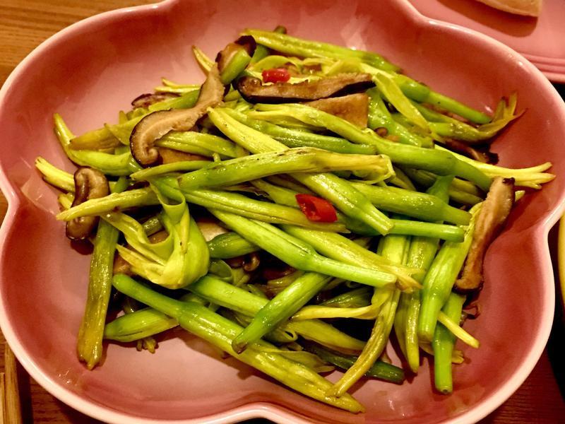 🍒馬上開飯系列🍒鮮菇脆炒金針花