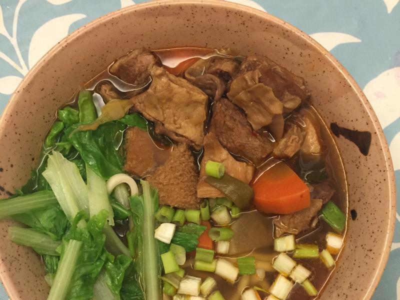 紅燒牛肉牛雜湯