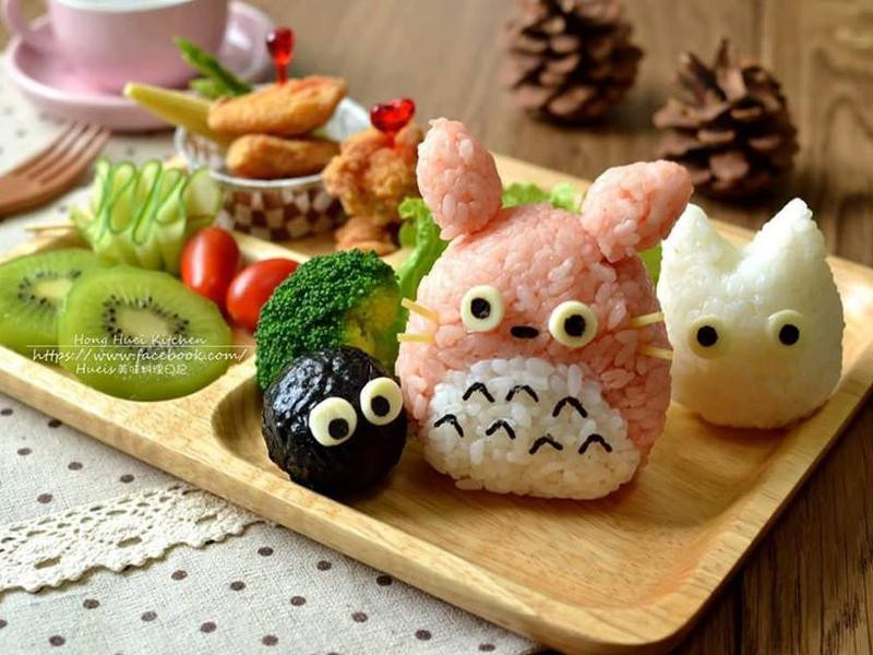 粉紅龍貓飯糰幸福餐