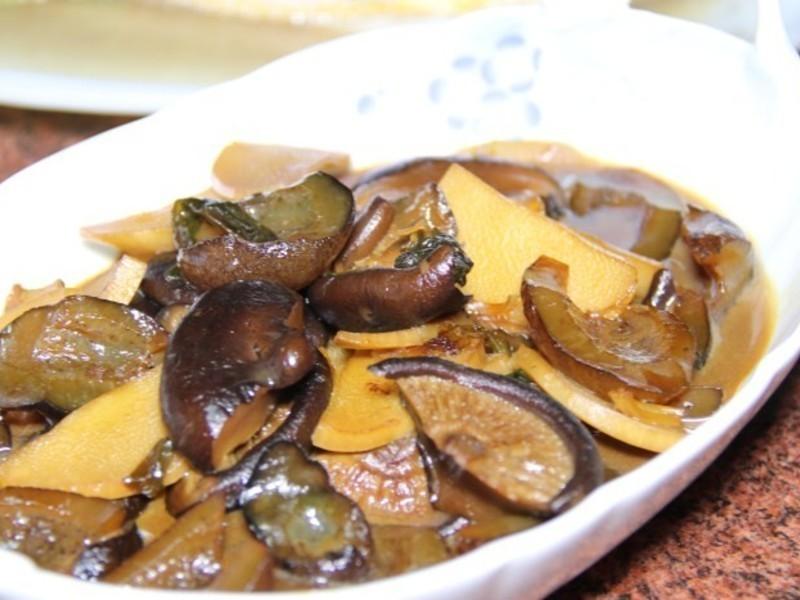 力力年菜-香菇筍片燴海蔘