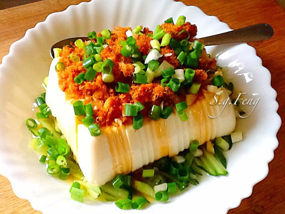 肉鬆涼拌豆腐