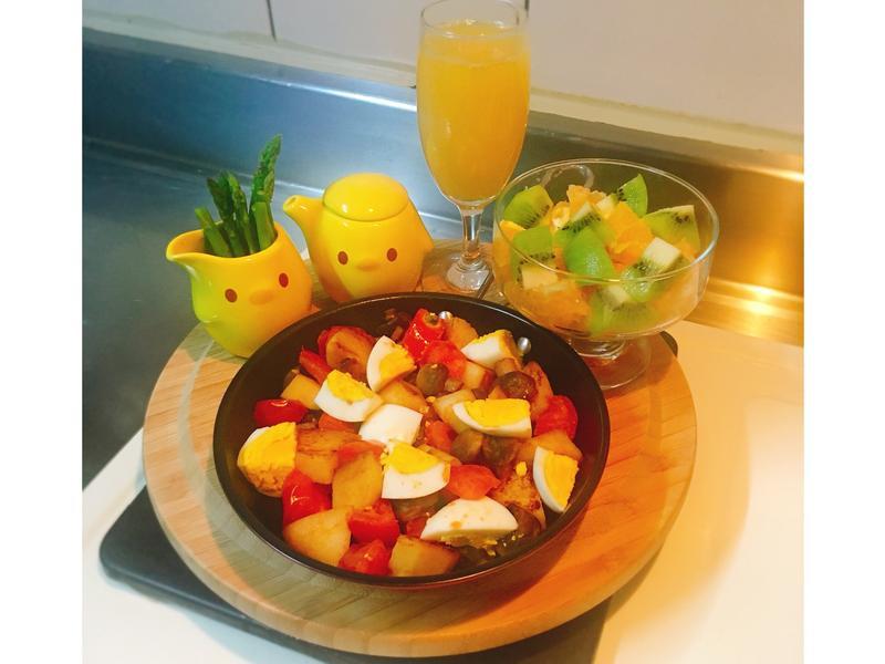 炒馬鈴薯佐百香優格配橙汁低熱量減肥餐