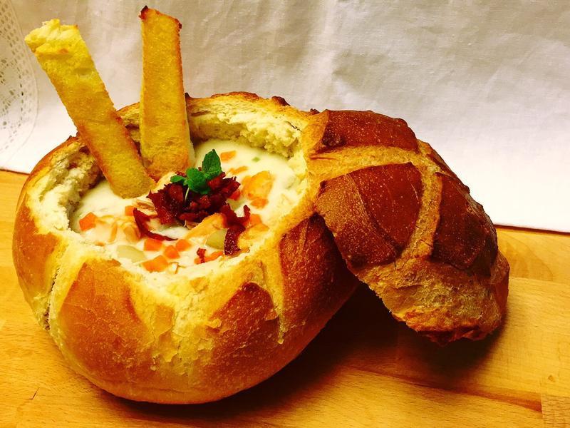 蛤蜊巧達麵包湯盅