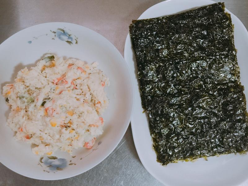 馬鈴薯沙拉海苔捲