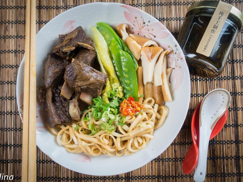 香滷羊肉古早味拌麵@Selina Wu