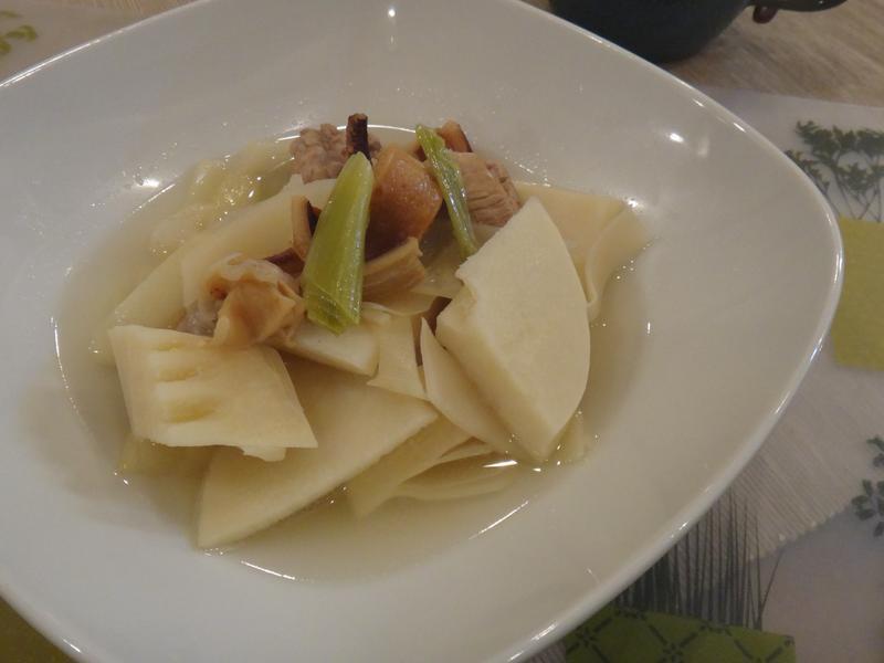 魷魚麻竹筍湯