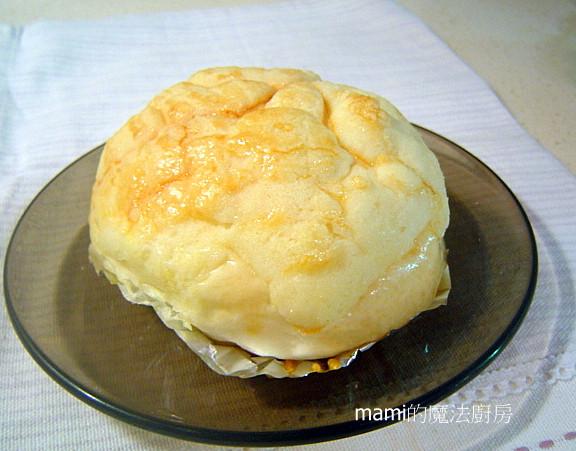 脆皮波蘿乳酪麵包