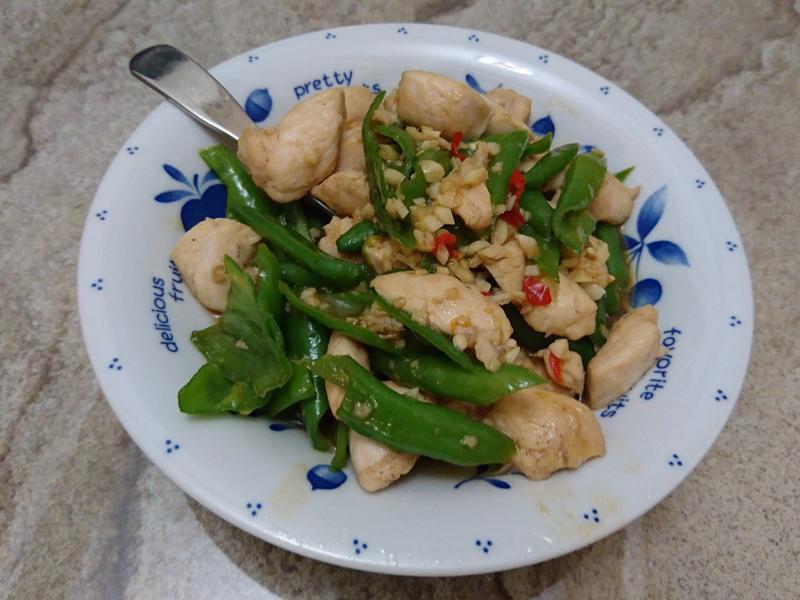 青椒炒雞肉(很下飯)