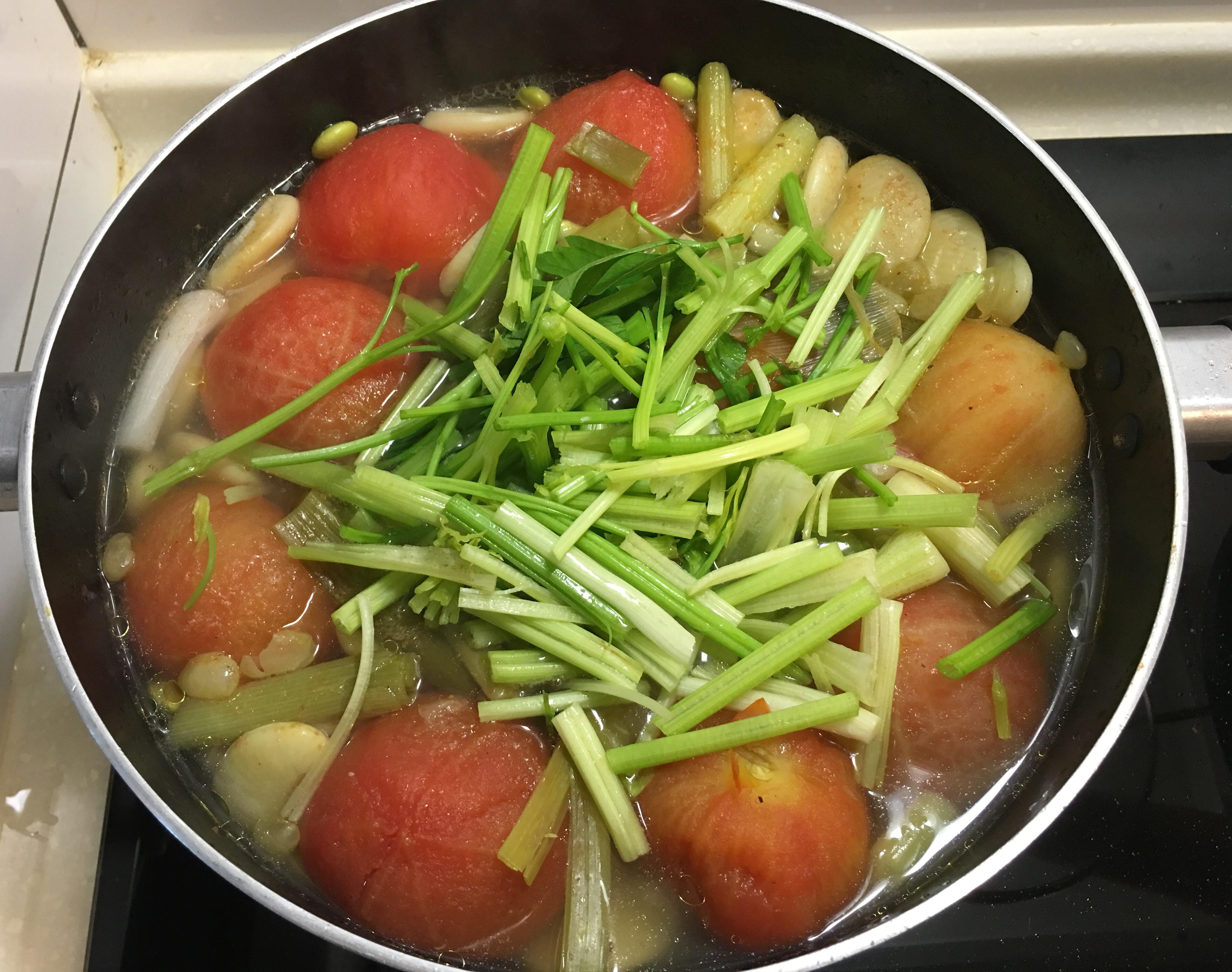 番茄豆豆雞湯