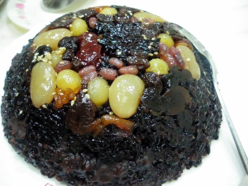 [吳媽媽拿手菜]紫米八寶飯