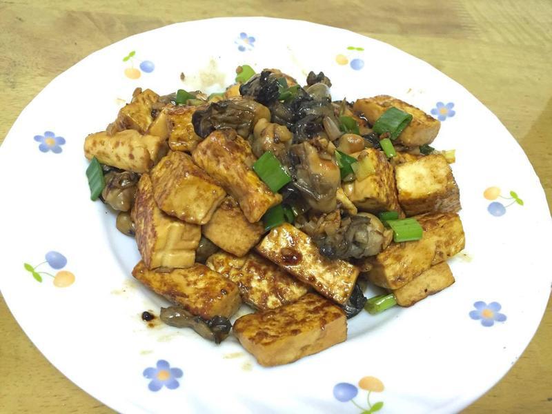 蠔油牡蠣拌豆腐