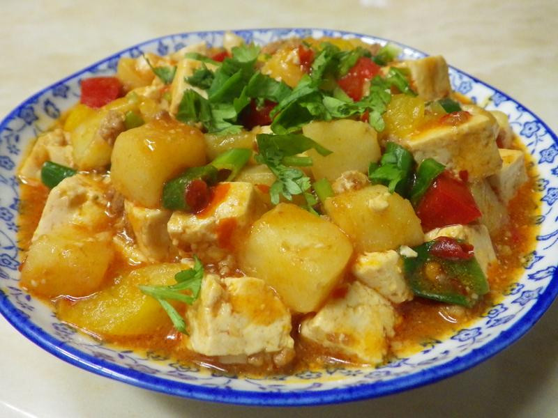 醬燒馬鈴薯豆腐煲