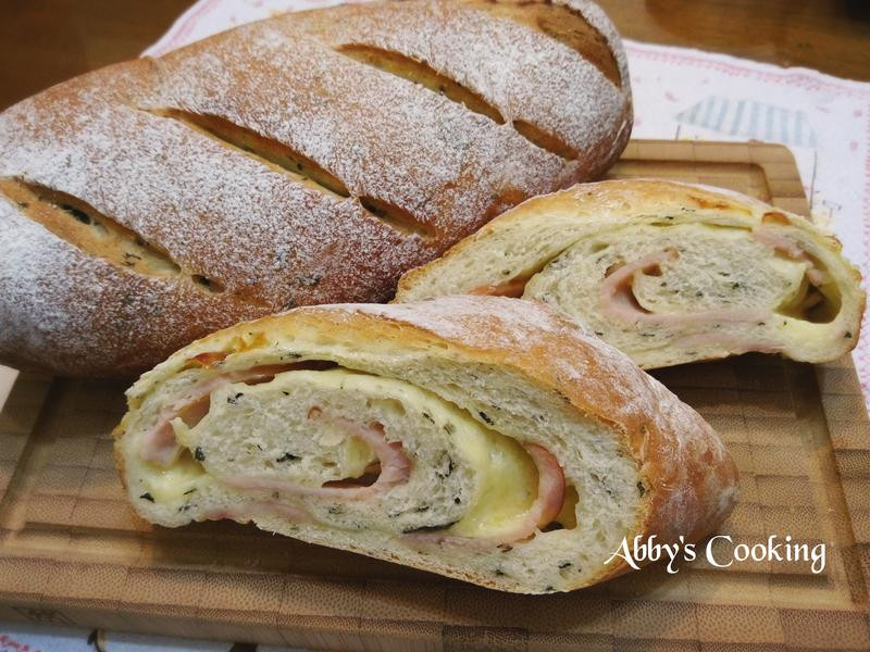 九層塔(羅勒)火腿起司麵包