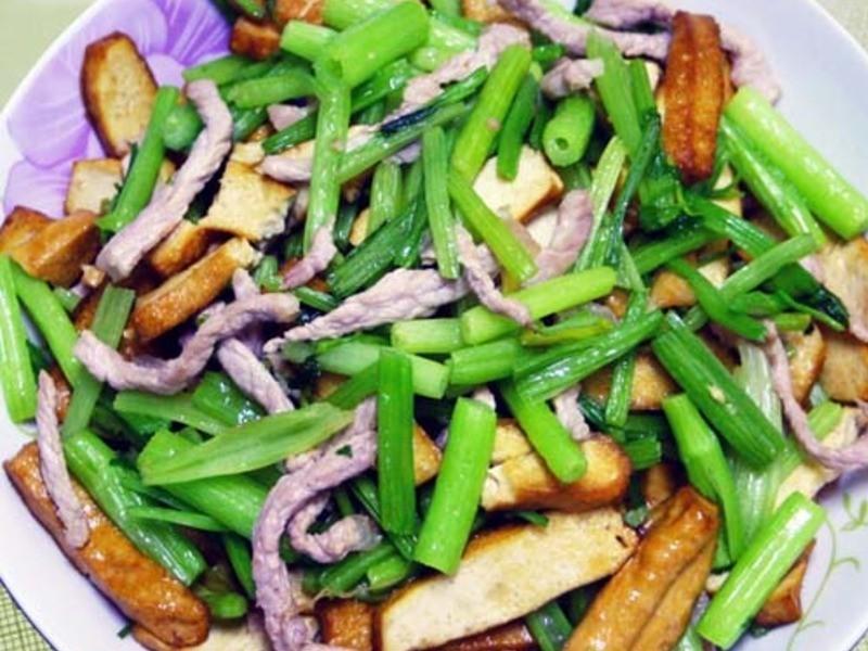 【厚生廚房】芹菜炒豆干